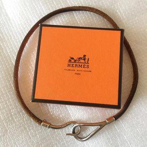 Hermès 爱马仕圆形纯皮扣环长款手环