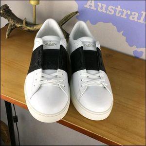 Valentino 华伦天奴白色休闲鞋