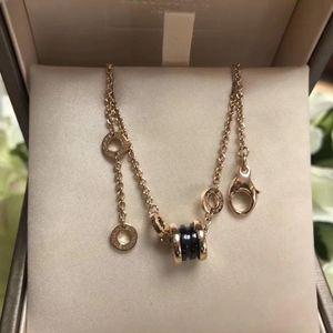 BVLGARI 宝格丽玫瑰金黑陶瓷手链