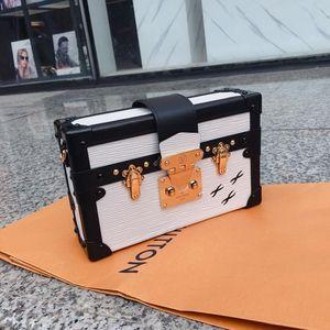 Louis Vuitton 路易·威登白盒子单肩包