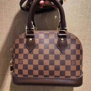 Louis Vuitton 路易·威登棋盘格单肩包