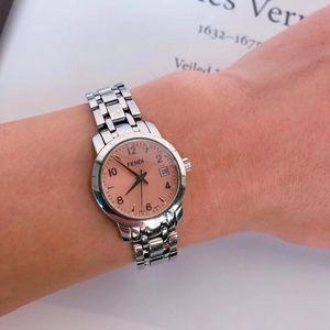 FENDI 芬迪粉色表盘银色钢带手表石英表带日历款