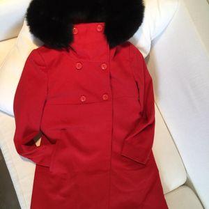 MaxMara 麦丝玛拉狐狸毛超大带帽镶边正红大衣