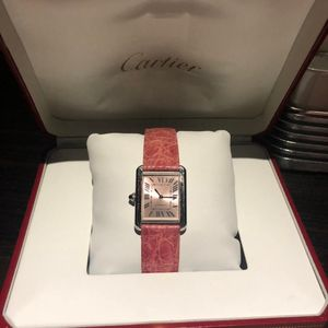 Cartier 卡地亚女士粉色坦克石英表