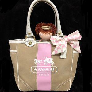 COACH 蔻驰粉红蝴蝶结手提包