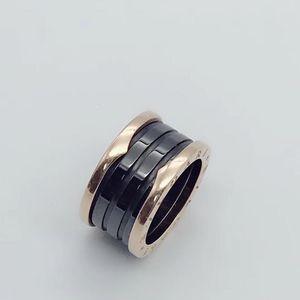 BVLGARI 宝格丽四环黑陶瓷戒指