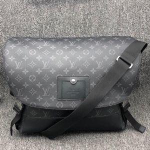 Louis Vuitton 路易·威登男士卡套