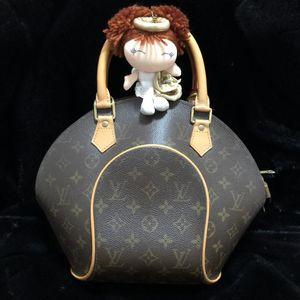 Louis Vuitton 路易·威登经典老花贝壳手提包