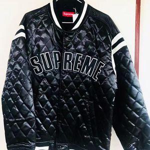 Supreme 菱格纹大logo冬季夹棉夹克