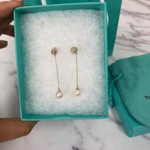 Tiffany & Co. 蒂芙尼链条珍珠耳坠