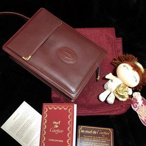 Cartier 卡地亚经典波尔多红全皮手包