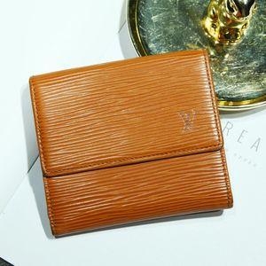 Louis Vuitton 路易·威登QB07063经典浅棕色牛皮水波纹短款钱包