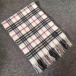 Burberry 博柏利经典白色小格子羊绒围巾