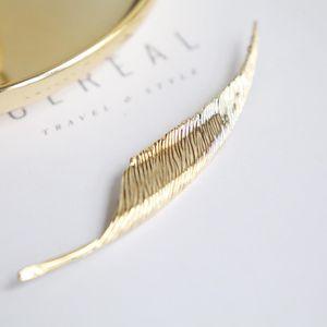 Dior 迪奥XL11225芭蕉叶艺术胸针
