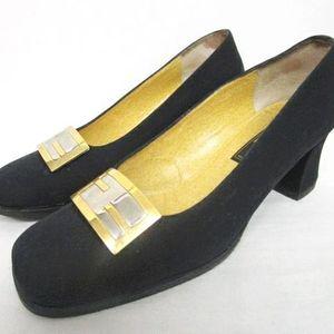 FENDI 芬迪大金扣麂皮中跟皮鞋单鞋