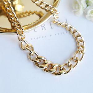 Dior 迪奥重金属视觉系巴黎时装走秀款闪钻扭环宽金链锁骨链