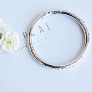 Yves Saint Laurent 伊夫·圣罗兰 YSL圣罗兰银光艺术手镯手环