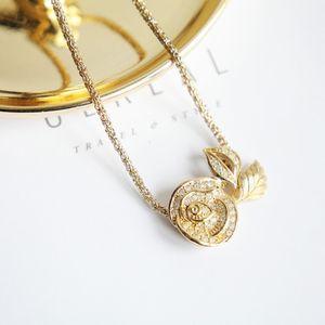 Dior 迪奥 Dior迪奥闪钻艺术花坠粗金丝项链锁骨链