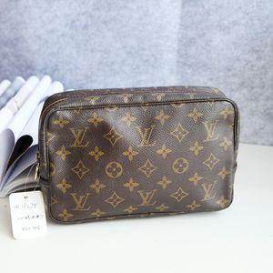 Louis Vuitton 路易.威登老花中号手拿洗漱包