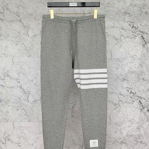 Thom Browne 汤姆·布朗4条纹浅灰运动长裤