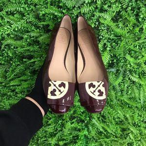 Tory Burch 托里·伯奇 暗红色漆皮女士平底鞋