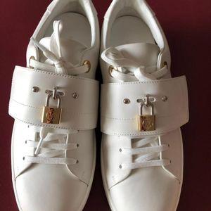 Louis Vuitton 路易·威登女士休闲鞋37.5号