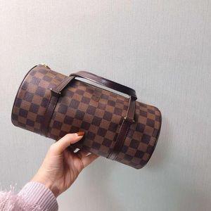Louis Vuitton 路易·威登棋盘格圆筒包