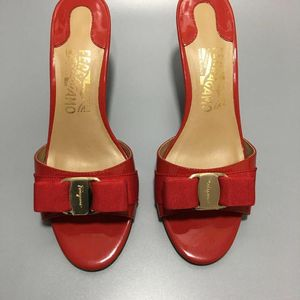 Ferragamo  菲拉格慕女鞋拖鞋