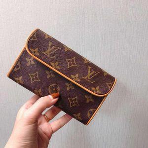 Louis Vuitton 路易·威登老花腰包