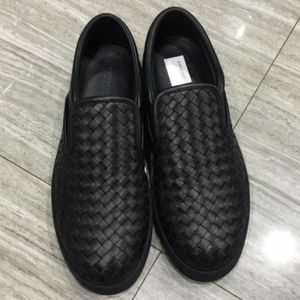 Bottega Veneta 葆蝶家黑色编织一脚蹬休闲鞋