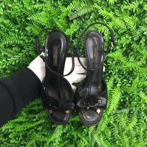 Louis Vuitton 路易·威登黑色黑玫瑰装饰女士中跟凉鞋