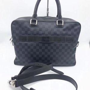 Louis Vuitton 路易·威登经典棋格男士手提单肩包公文包