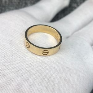 Cartier 卡地亚LOVE黄金色戒指