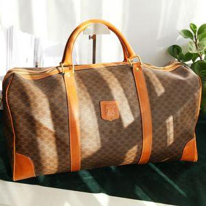 Celine 赛琳LX11263老花50波士顿pvc配皮手提旅行包
