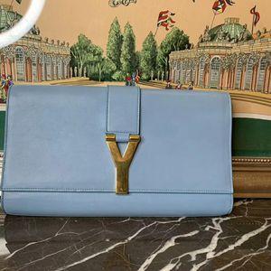 Yves Saint Laurent 伊夫·圣罗兰浅蓝色牛皮手拿包
