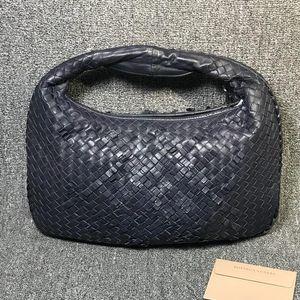 Bottega Veneta 葆蝶家深蓝色限量款和尚单肩包