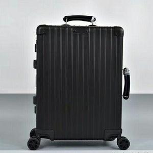 RIMOWA 日默瓦复古黑铝镁合金20寸行李箱