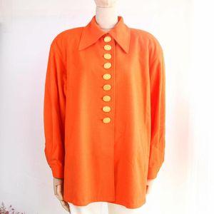 Dior 迪奥YF08109橘色大金扣秋冬羊毛上衣娃娃款外套