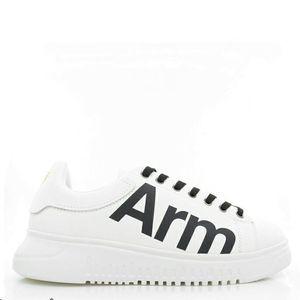 Emporio Armani EA 阿玛尼真皮小白鞋