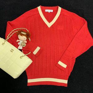 Dior迪奥中国红V领时尚休闲条纹针织衫