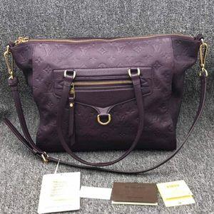 Louis Vuitton 路易·威登紫色全皮单肩斜挎包