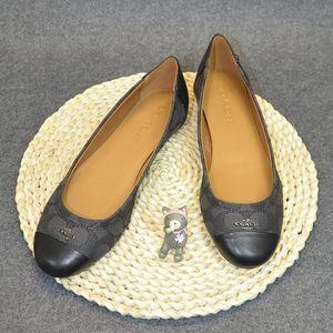 COACH 蔻驰平跟鞋