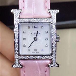 Hermès 爱马仕H形石英女腕表皮带款