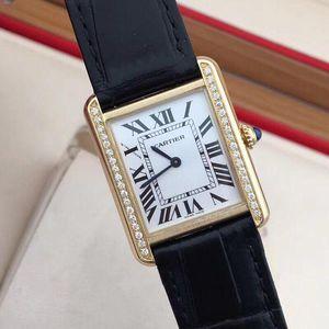 Cartier 卡地亚坦克系列W5200002 18K黄金后钻女士石英腕表