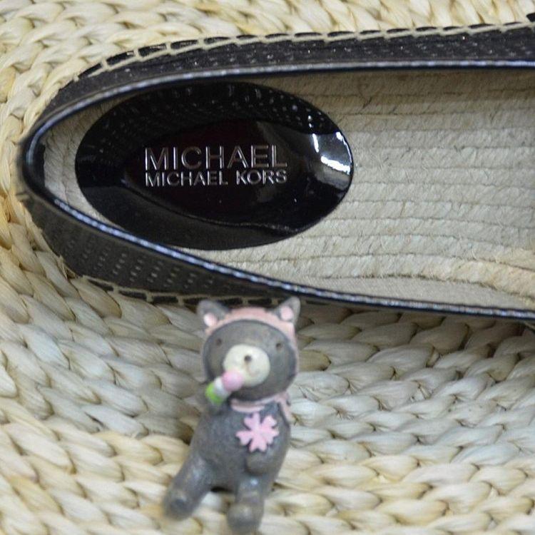 Michael kors 迈克.科尔斯平底鞋