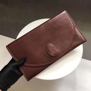 Cartier 卡地亚信封手拿包
