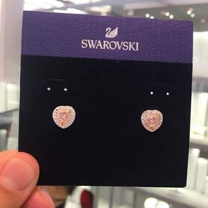 SWAROVSKI 施华洛世奇粉色海洋之心水晶耳钉