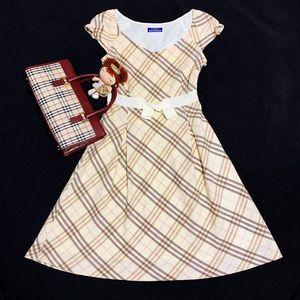Burberry 博柏利战马格纹连衣裙