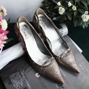 Miu Miu 缪缪小牛皮成熟魅力尖头高跟鞋