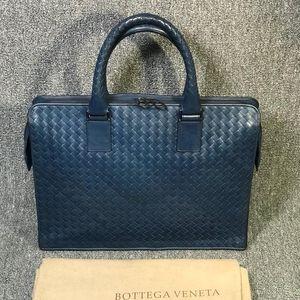 Bottega Veneta 葆蝶家蓝色编织风琴款手提公文包